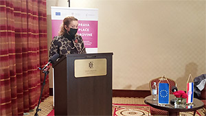 Photo of the Ombudswoman for Gender Equality speaking at the final conference